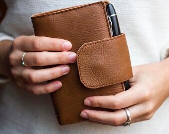 Caramel brown wallet fauxdori, Notebook wallet, Travelers notebook, Fauxdori cover, Vegan Midori, Planner cover, Passport size, Pocket, A6