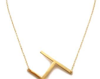 H - Monogram Metal Pendant Necklace - Gold