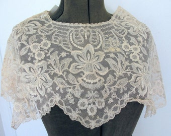 GORGEOUS 20s-30s French Lace Cape Collar Capelet Tambour Embroidered Flowers Gatsby Flapper Downton Abbey Bridal Vintage Clothing