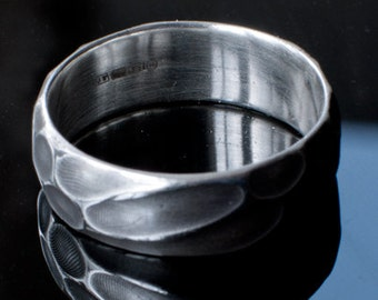5.7g  Laser Hallmark 925 Sterling Silver 'Honeycomb'  Design Ring