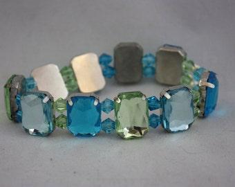 bracelets, blue bracelets, green bracelets, stretch bracelets, costume jewelry, hand made jewelry, handmade jewelry