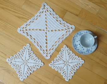 Set of 3 square white crochet round doily runner Coaster mat pad table placemat folk style flower openwork small cotton snowflake geometric