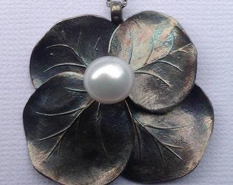 Hydrangea Pendant