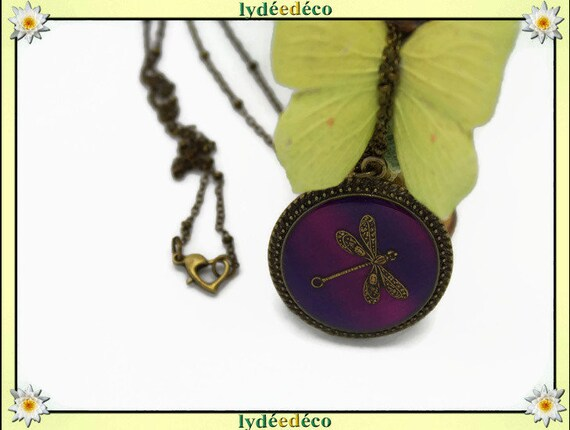 Vintage retro red purple Dragonfly resin and brass necklace, retro bronze 25mm Locket