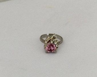 SALE. Vintage Jewelry Pink Stone & White Rhinestone Adjustable Ring Size 6.5