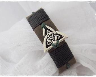 Leather Bracelet Cuff, Men's Leather Bracelet, Viking Bracelet, Triad Bracelet, Norse Bracelet Cuff, Celtic Bracelet, Pagan Wiccan Cuff