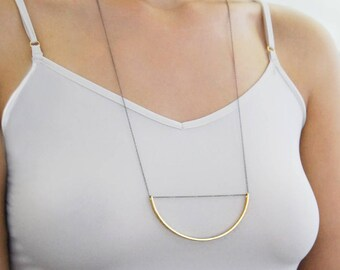 Geometric Pendant, Modern Necklace, Circle Necklace, Gold Necklace, Half Circle, Round Necklace, Chain Necklace, Simple Necklace, Statement
