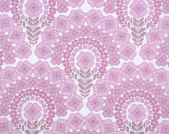 Retro Vintage Wallpaper by the Yard 70s Floral Vintage Wallpaper - Retro 1970s Floral Vintage Wallpaper Pink Flowers on White