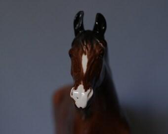 LARGE Vintage Hertwig Eastern Germany Porcelain Bay Mare Horse Figurine
