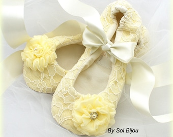 Yellow Wedding Flats, Ballet Flats, Ivory, Vintage Wedding, Lace Flats, Bridal Flats, Spring Wedding,Ballet Slippers,Flower Girl, Crystals