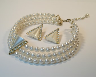 Vintage Pearl choker with matching earring set