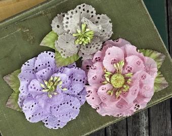 NEW : Prima Tiara - Sugarplum 567170 oeillet coton tissu fleurs avec étamines sur le centre.