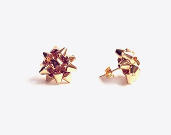 Gold Gift Bow Earrings, Holiday Earrings, gift bow jewelry, gold earrings studs, Christmas Bow Earrings, Holiday jewelry, Gold Bow Earrings