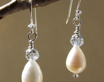925 Silver white freshwater pearl and crystal earrings