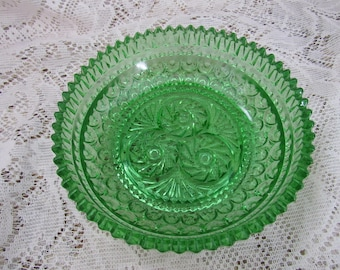 Vintage Green Pattern Glass Bowl with Tooth Rim, Jelly bean bowl