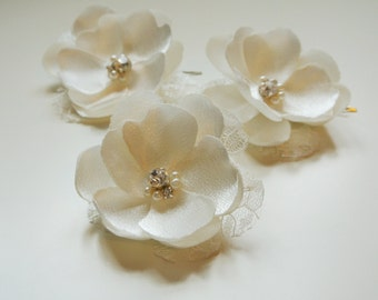 ESTEE -Bridal Headpiece Wedding Hair Flower Bridesmaid Headpiece Bridal Hair Clips  Bridal Hairpiece Pale Pink Ivory White Headpiece  UK
