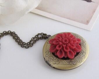Burgundy Red Mum Locket Necklace. Antiqued Brass Floral Engraved Round Locket Necklace. Mothers Gift. Anniversary Gift Message Photo Locket