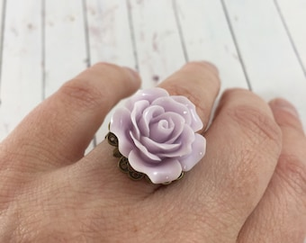 Vintage Inspired Pale Lilac Purple Flower Statement Ring // Adjustable Rose Fashion Ring // Romantic Gifts for Her