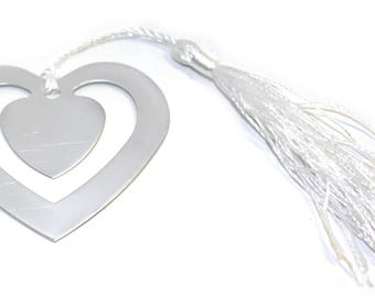 Engraved / personalised heart shaped bookmark / wedding favour gift pouch LR54