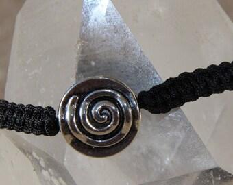 Bracelet spiral connector nylon thread