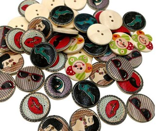 Set of 10 wooden Retro Style buttons