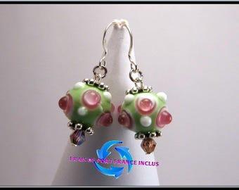 Boucles d'oreille perle picot lampwork verte et rose, clou argent 925.