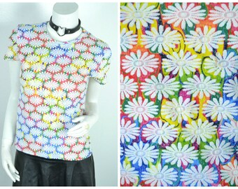 90s 60s psychedelic hippy Rainbow daisy tie dye textured Tee small medium M S