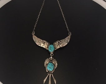 Vintage Navajo Turquosie and Sterling Silver necklace with exquisite detail