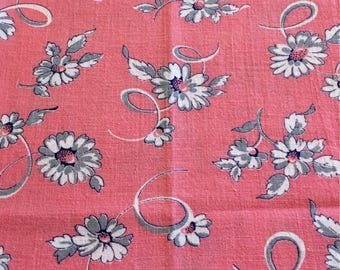 Vintage Feedsack Flour Sack Fabric Bubblegum Pink Gray Floral Fat Quarter 1930's 1940's Cotton Quilt Patchwork