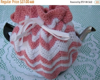 ON SALE Vintage Tea Cosy - Pink and White Crocheted - Vintage Style for your teapot.