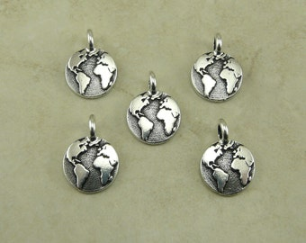5 Small TierraCast Earth Charms > Globe Global Earth Day Peace Humanist Humanity Silver Plated Lead Free Pewter I ship Internationally 2408