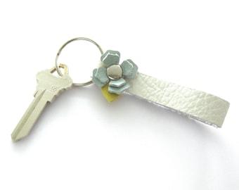 White Leather Key Ring, Seafoam Key Ring, Flowered Key Ring, Leather Keychain, Gift for Her, White Summer Keychain, Blue Flower Key Fob