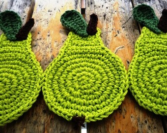 Crochet Pear Coasters - Green Pear Coasters - Fruit Drink Coasters - Set of 4 - Gift for Girlfriend - Rustic Home Decor - Hostess Gift