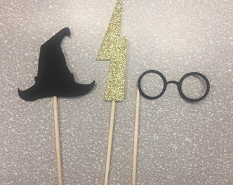 12 Harry Potter cupcake toppers. Birthday party, baby shower decorations.