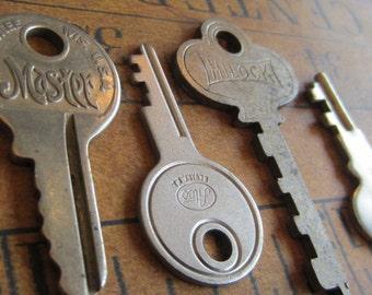 Skeleton Keys - Vintage Antique keys-  Barrel keys- Steampunk - Altered art j84
