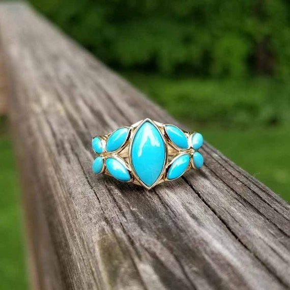 Modern estate 14k marquise navette cabochon cut Persian blue turquoise ring, size 7