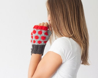 Sales Fingerless gloves grey black and red dots knit wrist warmers texting gloves warmers mittens hand knit mitts half finger