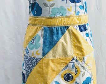 Quilt block apron, Blue and yellow apron, Reversible apron, Woman's apron, Full apron, Cotton apron, Handmade apron, Kitchen apron, Cooking