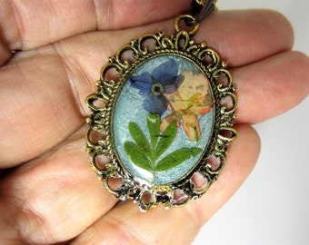 Handsome in BluePendant, Real Flowers, Pressed Flower Necklace, Resin (3005))