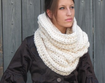 Womens Scarf Chunky Cowl Hooded Cowl Knitted Scarf Snood Wool Cowl Cream or CHOOSE Your Color - Noni Tunnel
