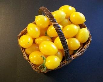 Cherry Tomato- Blondkopfchen- 77 day INDETERMINATE- 25 seeds