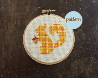 Plaid Squirrel Cross Stitch Pattern, Instant Download PDF, DIY Embroidery Hoop Wall Art