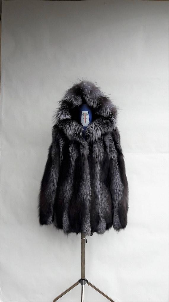 SILVER FOX FUR coat with hood-Silberfuchs Pelzmantel Pelzjacke mit Haube-Giacca di pelliccia con cappuccioчернобурки шуба с капюшоном
