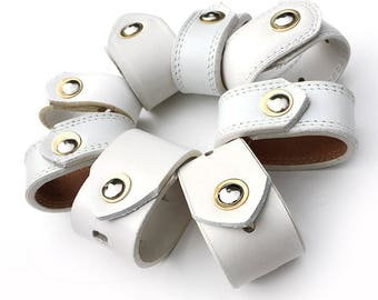 White Leather Napkin Rings Handmade From EcoFriendly Mixed-up Reclaimed Leather Belts, Set of 8, Table Setting Rings Napkin, Unique, OOAK