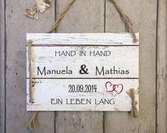 Valentine's Day: Hand in hand for a lifetime, personalized