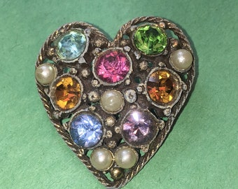Vintage Victorian Heart Shaped Multicolored Rhinestone  Pin/Brooch/Gold tone Metal/ 30 x 32mm /Great Condition #BCEB-701