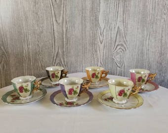 6 small brocante cups and saucers