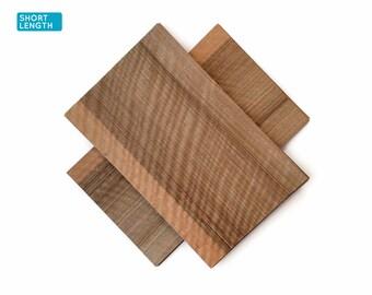 Curly walnut wood veneer sheets, 30x19cm, 2 sheets, grade AA [CS3FWN1X2] / wood veneer leaf / wood veneer sample / marquetry veneer
