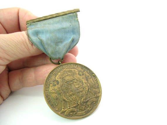 Antique Masonic Medal. Grand Lodge of the State of New York. 50 Years Bronze Award. 1800s Freemasonry Collectible