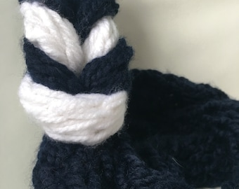 Finger knitted blue and white braided infinity scarf//Sassy Spring